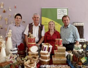 Eine Welt Handel EWH Pirsch GmbH: mit Projektpartner Shay Cullen
