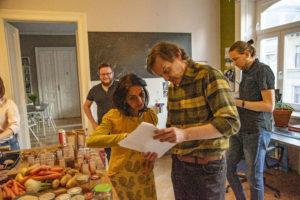 Die Gewinner unseres Advent-Gewinnspiels beim URfair Kochkurs und Workshop zu Ayurveda Ernährung mit Shivani Kapuria